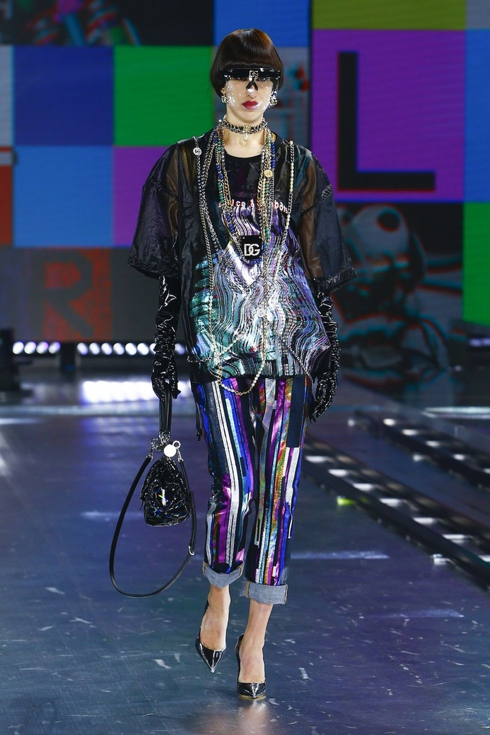Dolce & Gabbana kết hợp sàn catwalk với trí tuệ nhân tạo Ảnh 11