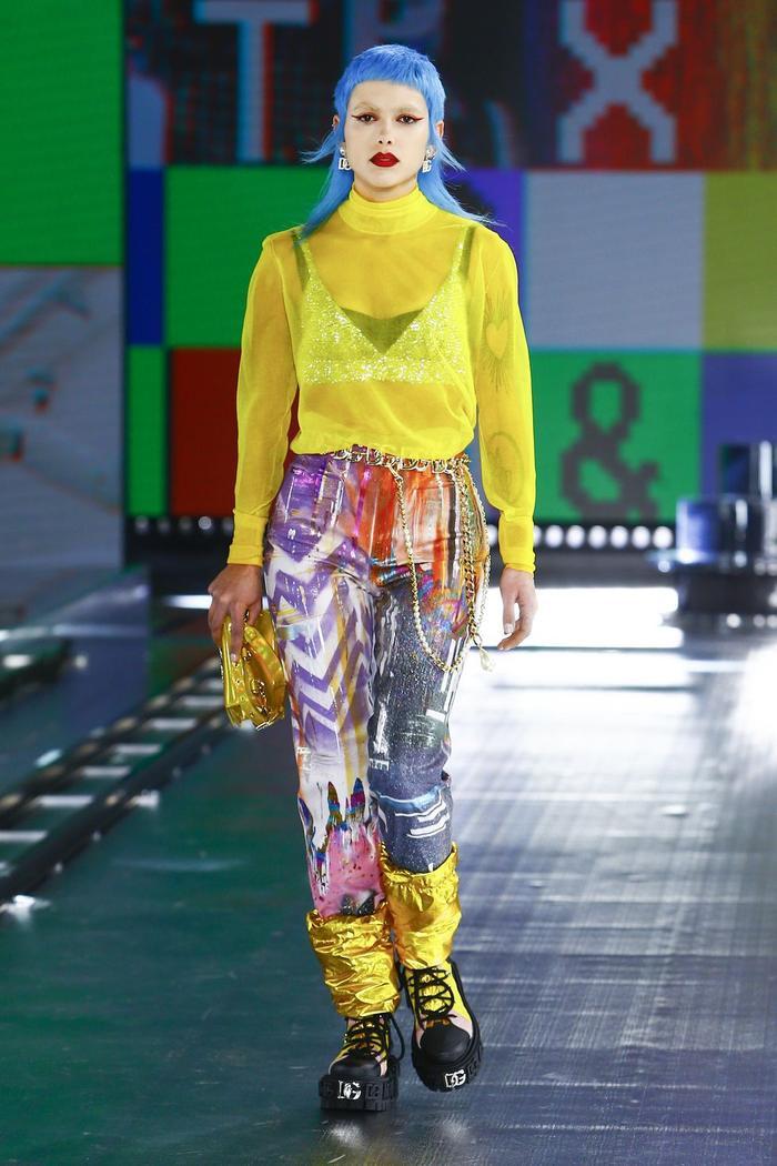 Dolce & Gabbana kết hợp sàn catwalk với trí tuệ nhân tạo Ảnh 9