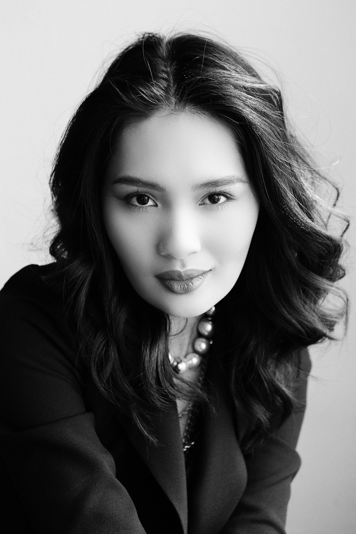 Hoa hậu Hương Giang sang trọng, khí chất với bộ ảnh dịp 8/3, gửi lời nhắn ý nghĩa đến phái đẹp Ảnh 11