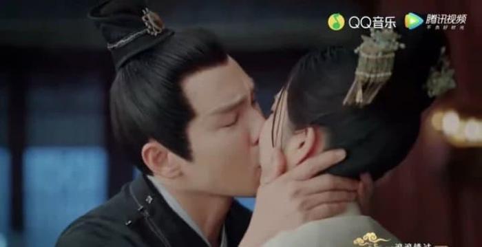 Bị Chung Hán Lương cưỡng hôn, Đàm Tùng Vận khóc nghẹn: 'Cẩm tâm tựa ngọc' đến hồi ngược luyến! Ảnh 3