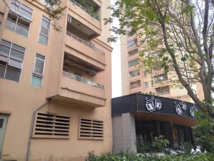 Nữ sinh lớp 10 rơi từ tầng 9 chung cư xuống đất tử vong ở Hà Nội Ảnh 2
