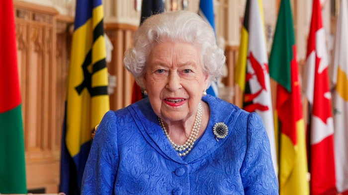 Phản ứng của Nữ hoàng Anh trước phỏng vấn của Harry-Meghan khiến chuyên gia cũng phải 'ngả mũ' khâm phục Ảnh 1
