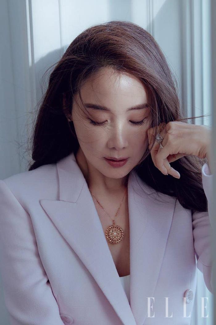 20 năm YG - Những nữ thần nào làm bạn phải 'siêu lòng'? Ảnh 10