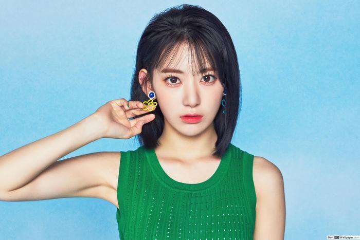 Sakura (IZ*ONE) về chung công ty với BTS? Ảnh 3