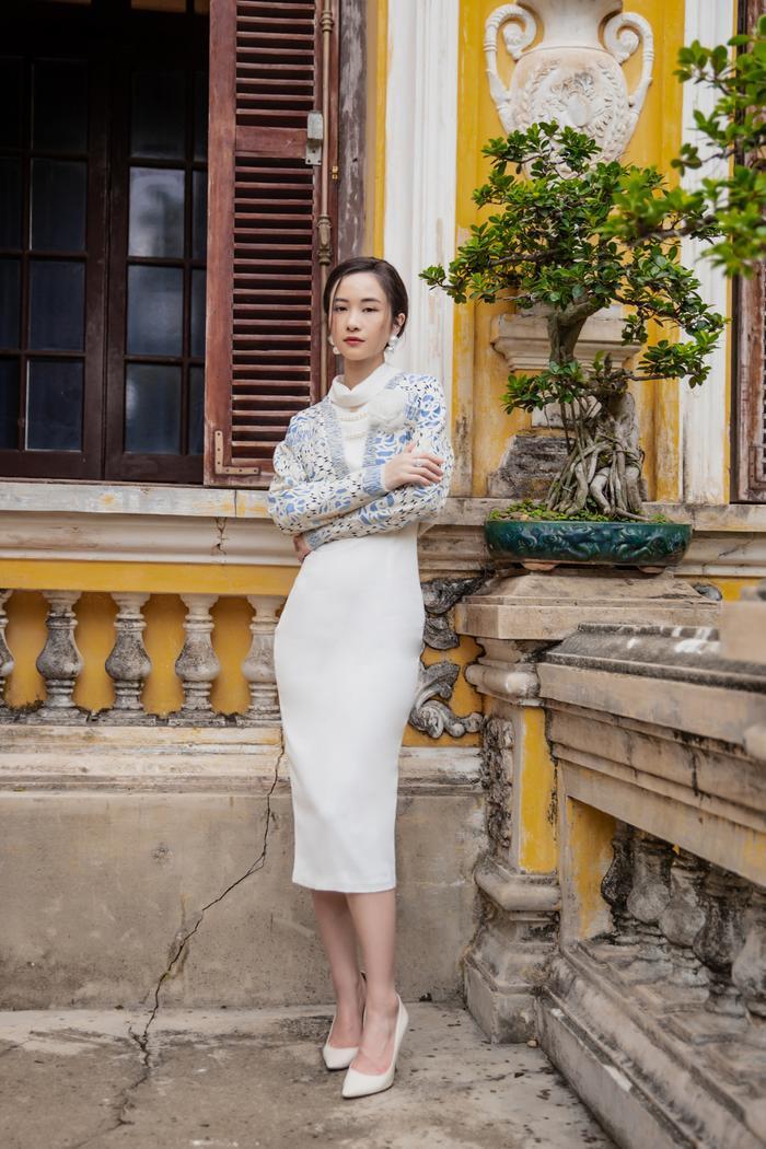 Jun Vũ diện 8 bộ váy cho 'vai phụ không thoại' ở Gái già lắm chiêu V Ảnh 6
