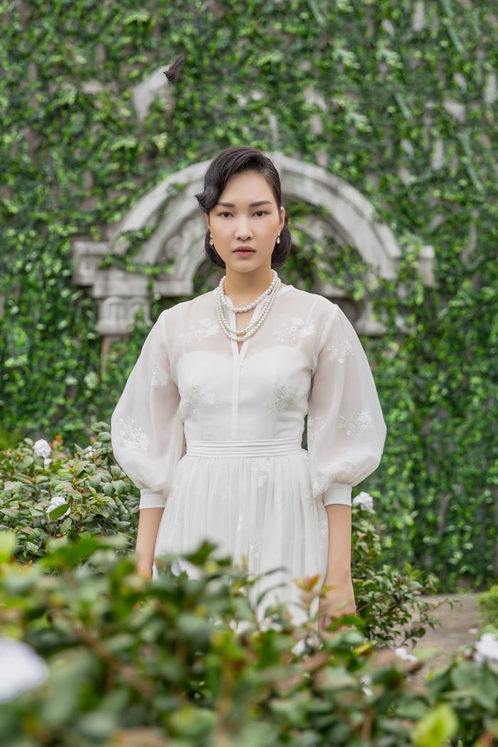 Jun Vũ diện 8 bộ váy cho 'vai phụ không thoại' ở Gái già lắm chiêu V Ảnh 13