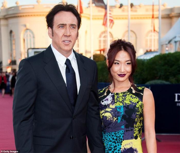 Tài tử Nicolas Cage tiếp tục cưới vợ lần thứ 5: Cách biệt tuổi tác mới là điều khiến fan bất ngờ Ảnh 3
