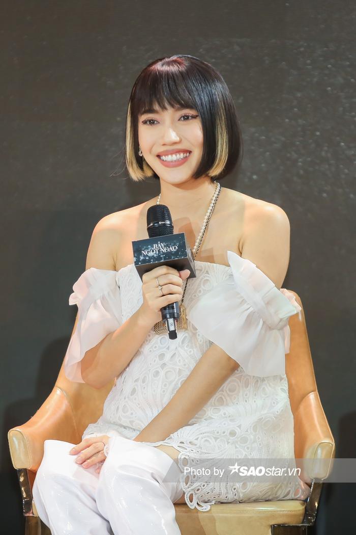 Họp báo 'Bẫy ngọt ngào': Chấn động với cảnh 18+ của Bảo Anh - Quốc Trường, Minh Hằng gợi cảm hút hồn fan! Ảnh 20