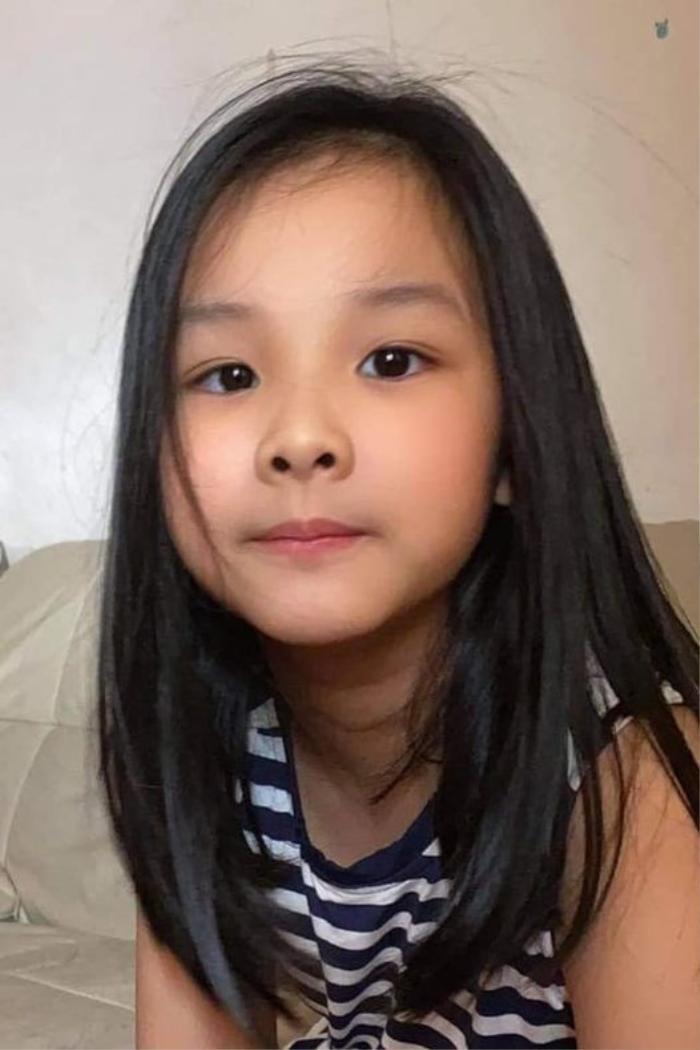 Hoa hậu Thùy Lâm khoe ảnh con gái, nhan sắc ngọt ngào không thua gì mẹ Ảnh 1