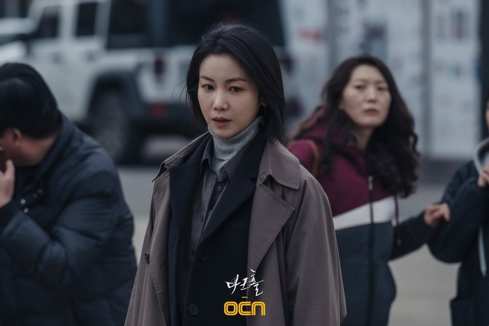 Bạn gái tin đồn của Song Joong Ki đẹp xuất thần Ảnh 2
