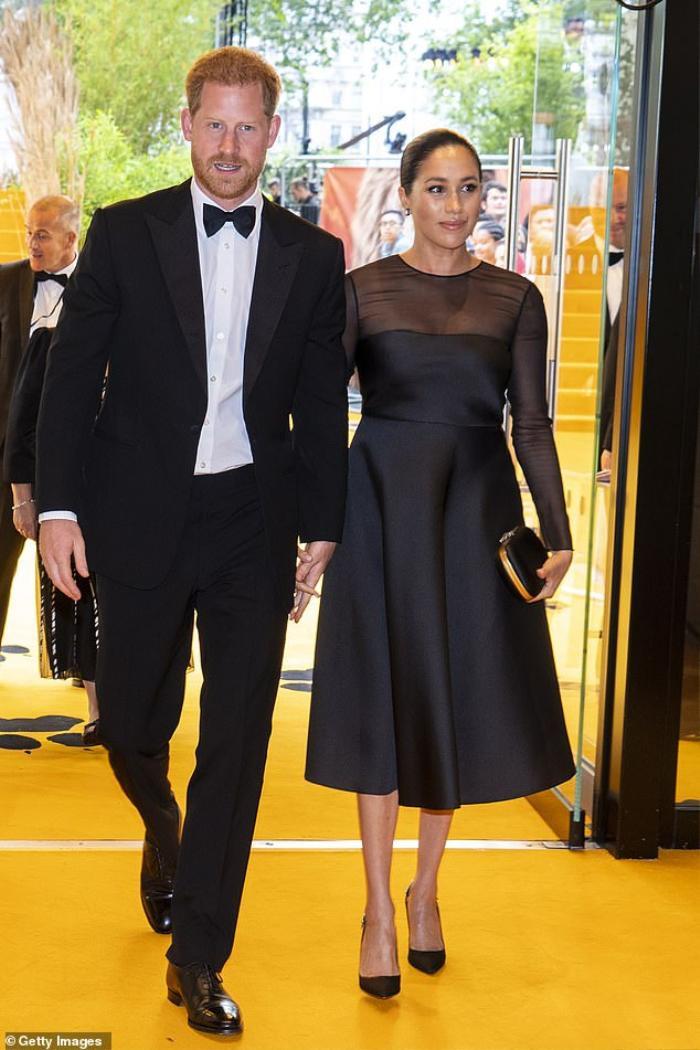 Bí ẩn tủ đồ Hoàng gia: Những khoảnh khắc thời trang Hoàng gia khiến dân tình phát sốt Ảnh 6