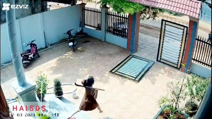 Vợ bầu nhảy qua 3 bậc thềm, cầm rựa ứng cứu chồng khi trộm vào nhà: 'Mình quên luôn là đang có bầu' Ảnh 2