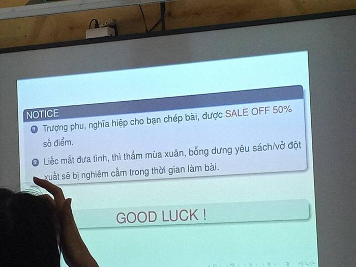Tránh quay cóp trong giờ kiểm tra, cô giáo tung chiêu độc lạ khiến học sinh 'bất động' Ảnh 2