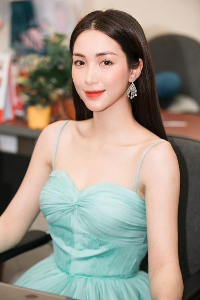 Hòa Minzy tức giận khi bị so sánh với Hồ Ngọc Hà Ảnh 1