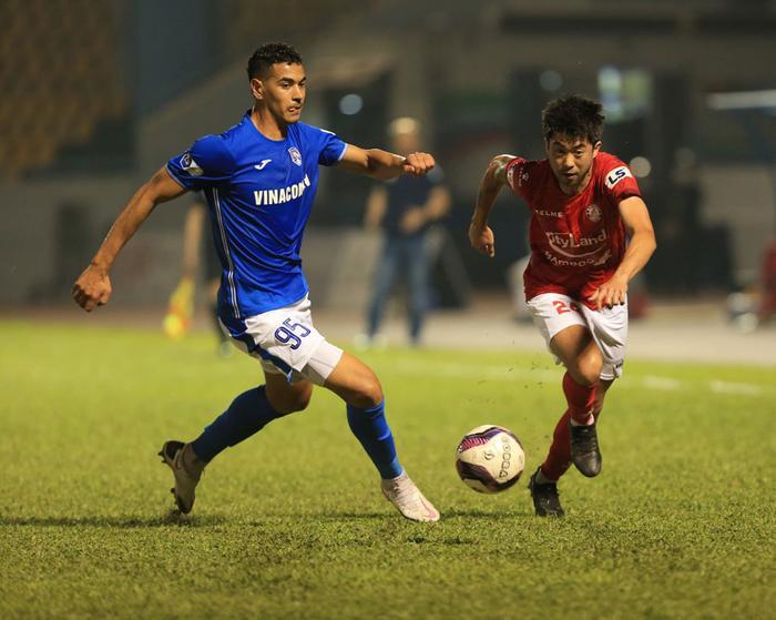 Lee Nguyễn ghi bàn, TPHCM hạ Sài Gòn FC kịch tính! Ảnh 1