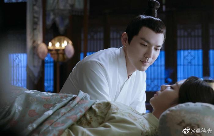 Đàm Tùng Vận ghét Chung Hán Lương chỉ vì 'già nua' không hợp đóng cảnh hôn, nam diễn viên lên tiếng! Ảnh 4