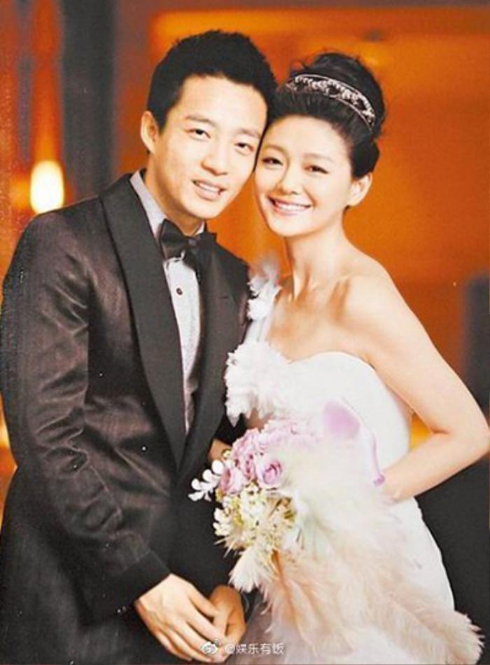 Từ Hy Viên tổ chức tiệc kỷ niệm 10 năm ngày cưới, Lâm Lâm Như - Hắc Kiến Hoa cùng đến chúc mừng Ảnh 4