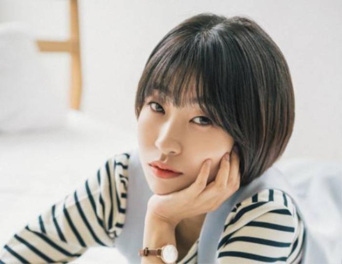 11 sao Hàn dính scandal quấy rối tình dục: Có cả IU và Jisoo! Ảnh 6