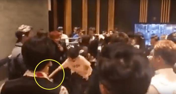 11 sao Hàn dính scandal quấy rối tình dục: Có cả IU và Jisoo! Ảnh 8