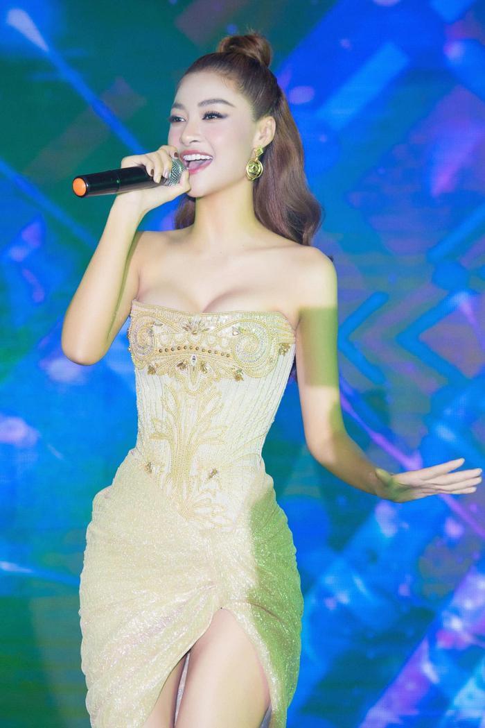 Bước ngoặt của Lona Kiều Loan sau King Of Rap: mang hình ảnh á hậu hát rap 'phủ sóng' sàn diễn thời trang Ảnh 21