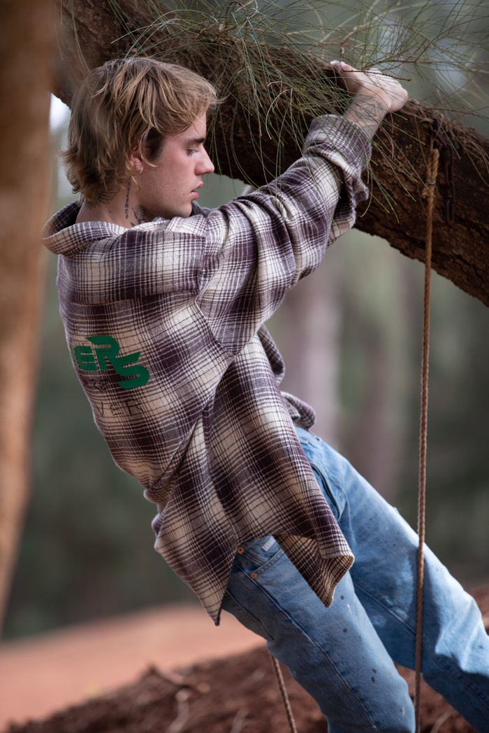 Justin Bieber khoe body nóng bỏng, netizen kêu cạo sạch râu rồi hãng lên bão! Ảnh 2