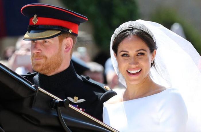 'Lùm xùm' của vợ chồng Hoàng tử Harry với Hoàng gia Anh sẽ được chuyển thể thành phim Ảnh 2