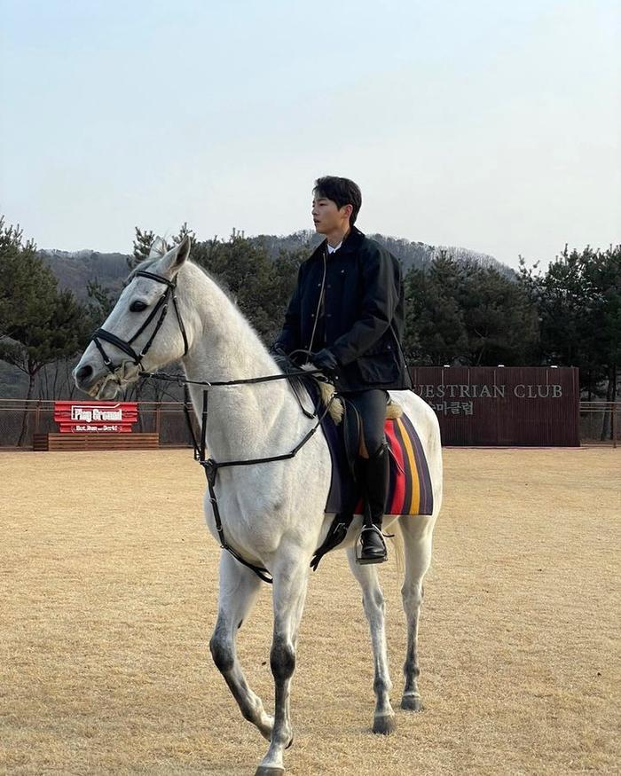 'Vợ chồng' Song Hye Kyo - Song Joong Ki đang có kế hoạch gì?