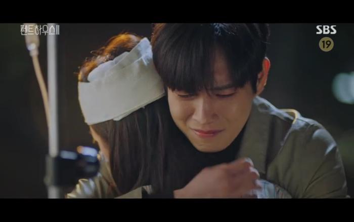 'Penthouse 2' tập 11: Ác nữ kết hợp trả thù, Shim Soo Ryeon công khai danh tính trở về Ảnh 14