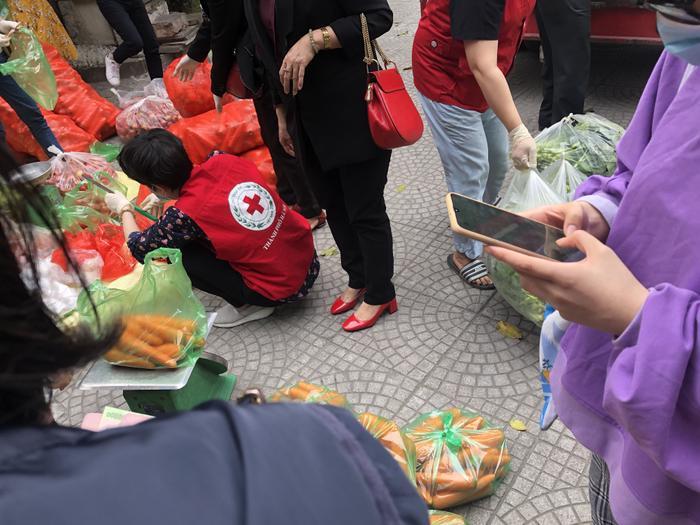 Chiến dịch 'giải cứu thức ăn' của học sinh Hà Nội: Khi điều kì diệu đến từ genZ Ảnh 4
