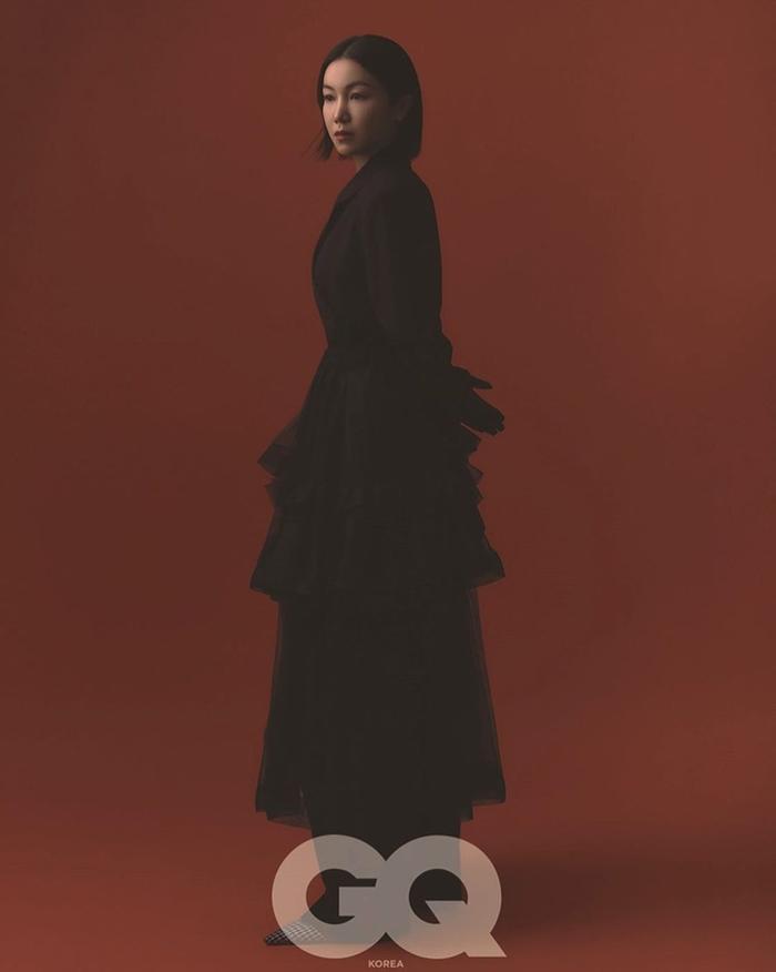 Song Hye Kyo để tóc 'lả lơi', kém sắc sảo trước bạn gái tin đồn của Song Joong Ki! Ảnh 4
