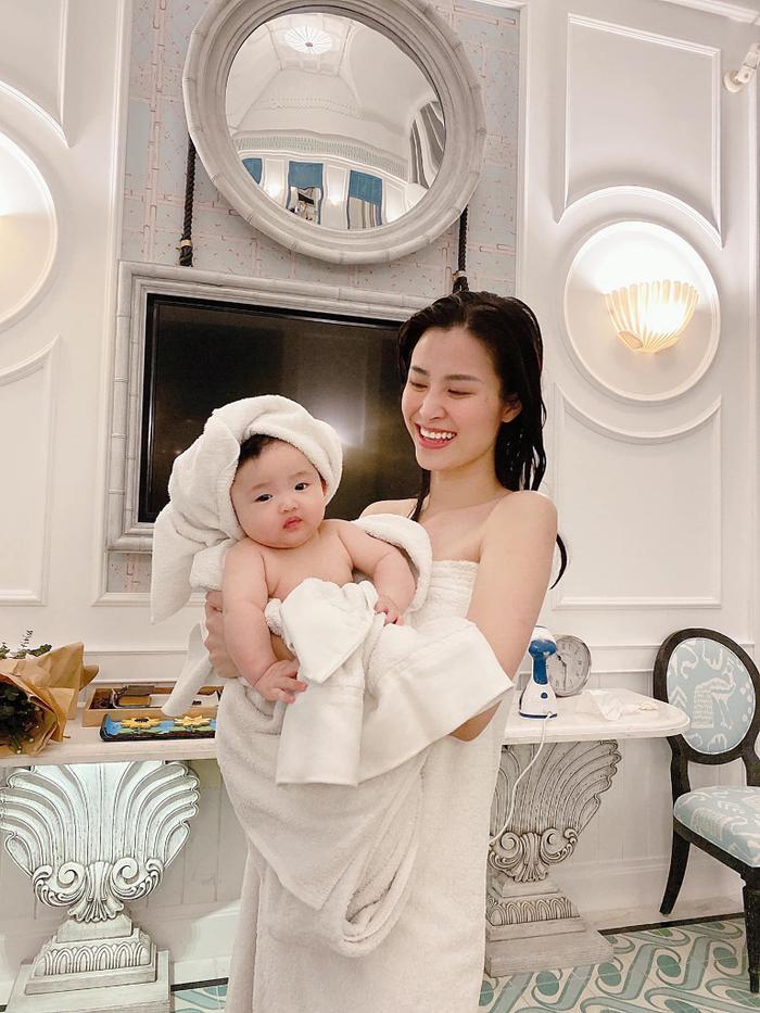 Lag mạnh: Giao con chồng chăm, Đông Nhi xinh đẹp comeback với sáng tác của Mai Hồng Ngọc? Ảnh 5