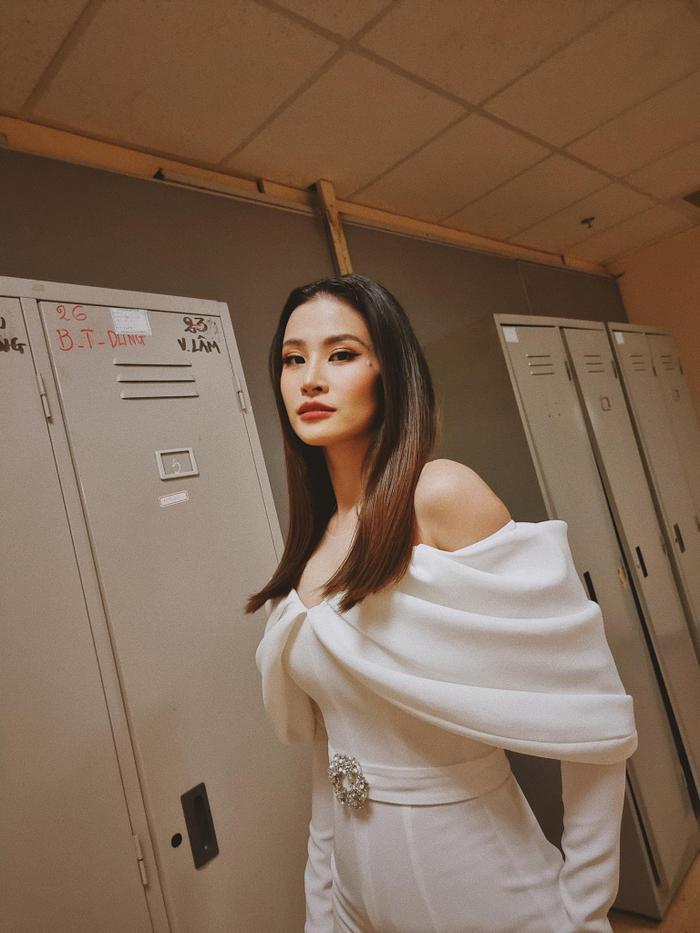 Lag mạnh: Giao con chồng chăm, Đông Nhi xinh đẹp comeback với sáng tác của Mai Hồng Ngọc? Ảnh 8