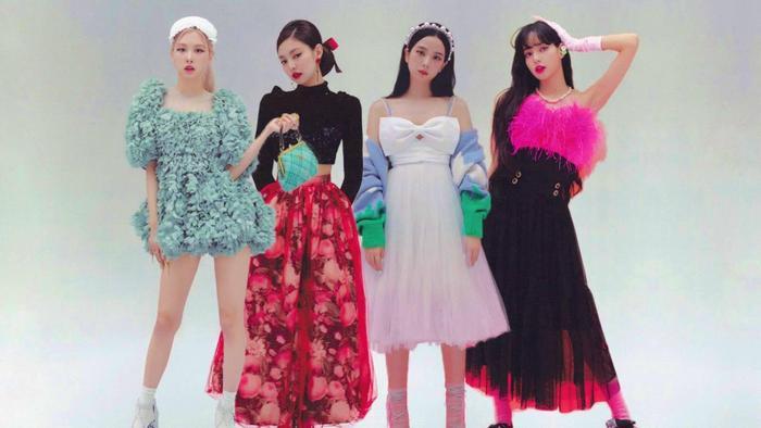 BXH thương hiệu ca sĩ Kpop tháng 3/2021: BTS 'gặp nguy' với Brave Girls, IU vuột tay No.2