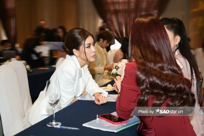 Minh Tú - Lan Khuê cực thân thiết ngày gặp lại: Fan trông chờ màn tái hợp của cặp đôi 'chị đại' Ảnh 3