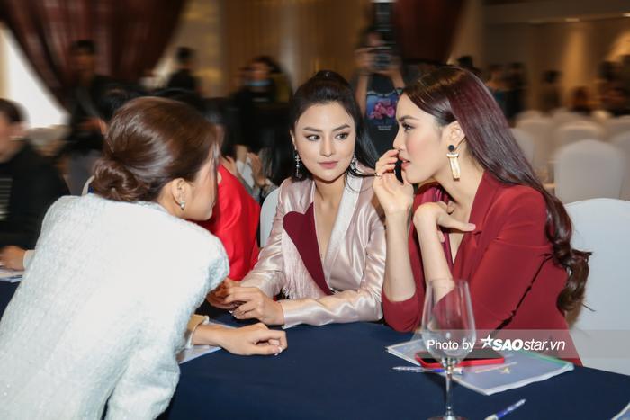 Minh Tú - Lan Khuê cực thân thiết ngày gặp lại: Fan trông chờ màn tái hợp của cặp đôi 'chị đại' Ảnh 2