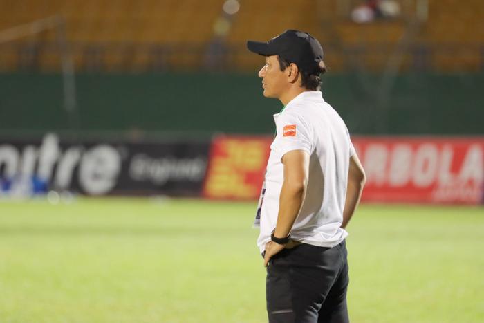 Hot: CLB Sài Gòn đưa HLV Phùng Thanh Phương lên thay nhà cầm quân người Nhật Ảnh 1