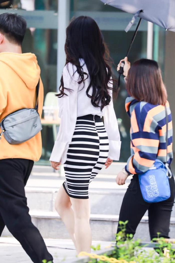 Dương Mịch được 'hẹn hò' cùng trai trẻ Hứa Khải, nhưng lại gây lú vì mặt buồn hơn chiếc bánh bao chiều Ảnh 6