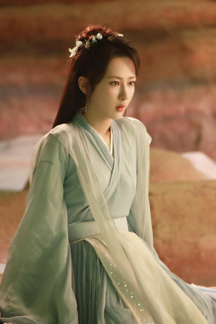 Vì sao fan không muốn Dương Tử hợp tác với Thành Nghị trong 'Trầm vụn hương phai'? Ảnh 8