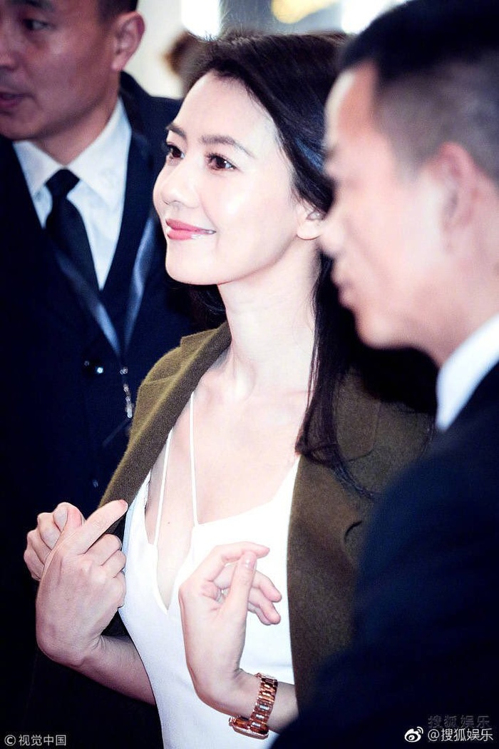 10 gương mặt đẹp nhất Cbiz (P1): Tiên nữ Lưu Diệc Phi, búp bê AngelaBaby kém thanh tao bằng Cao Viên Viên Ảnh 9
