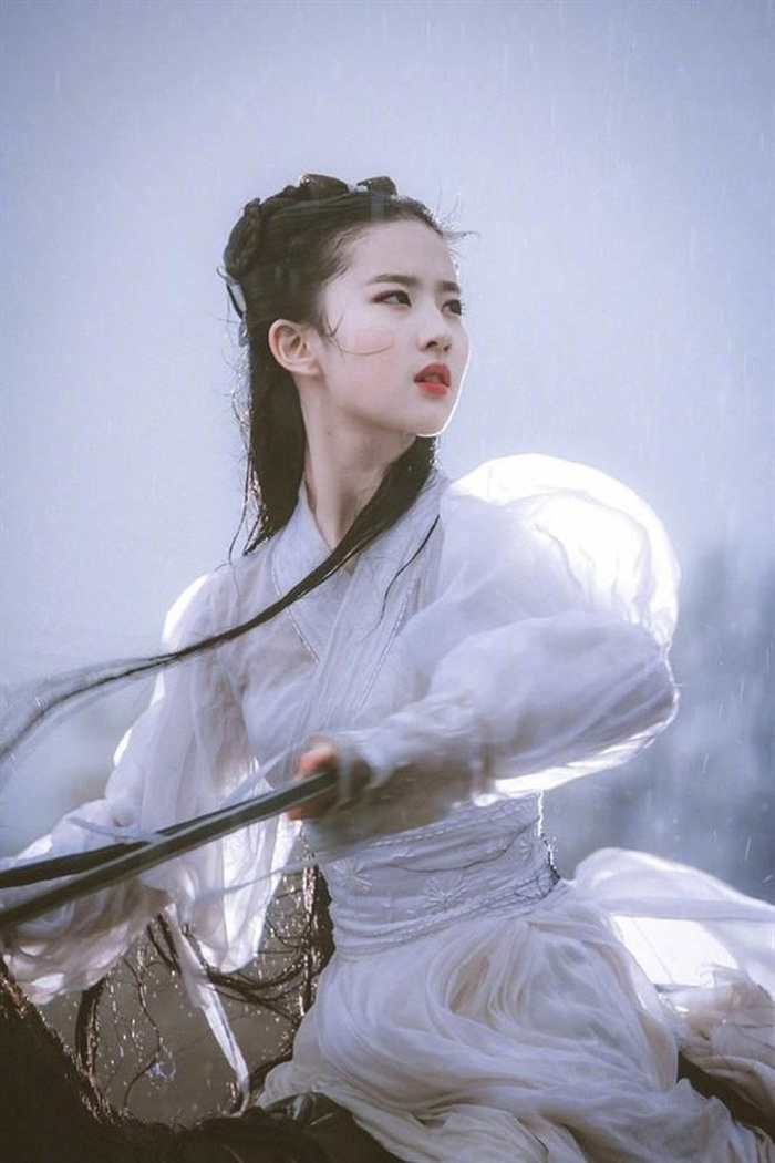 10 gương mặt đẹp nhất Cbiz (P1): Tiên nữ Lưu Diệc Phi, búp bê AngelaBaby kém thanh tao bằng Cao Viên Viên Ảnh 1