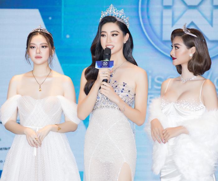 Miss World Vietnam mời Tiểu Vy - Lương Thùy Linh làm giám khảo chính: Tuổi 21 có đủ sức cầm cân nảy mực? Ảnh 2