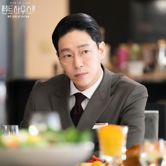 BXH diễn viên - phim Hàn tháng 3: Song Joong Ki thua 3 diễn viên 'Penthouse 2' Ảnh 2