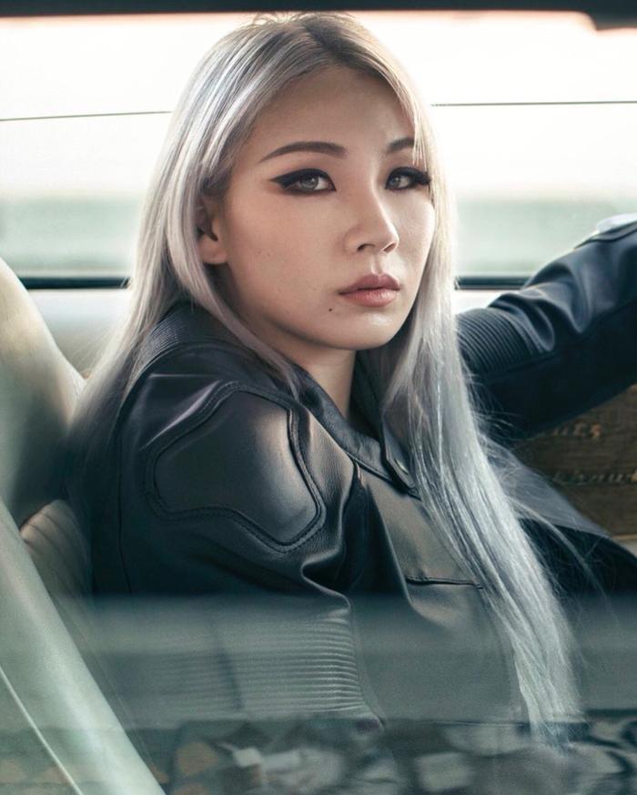 Fan tiếc hùi hụi vì xém chút nữa là được thấy màn kết hợp 'kinh điển' của IU và CL (2NE1) Ảnh 8
