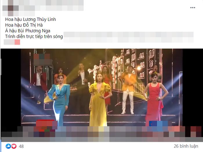 Diễn catwalk cùng Lương Thùy Linh, Đỗ Thị Hà bị chê 'phèn', mặc trang phục như đồ ngủ Ảnh 1