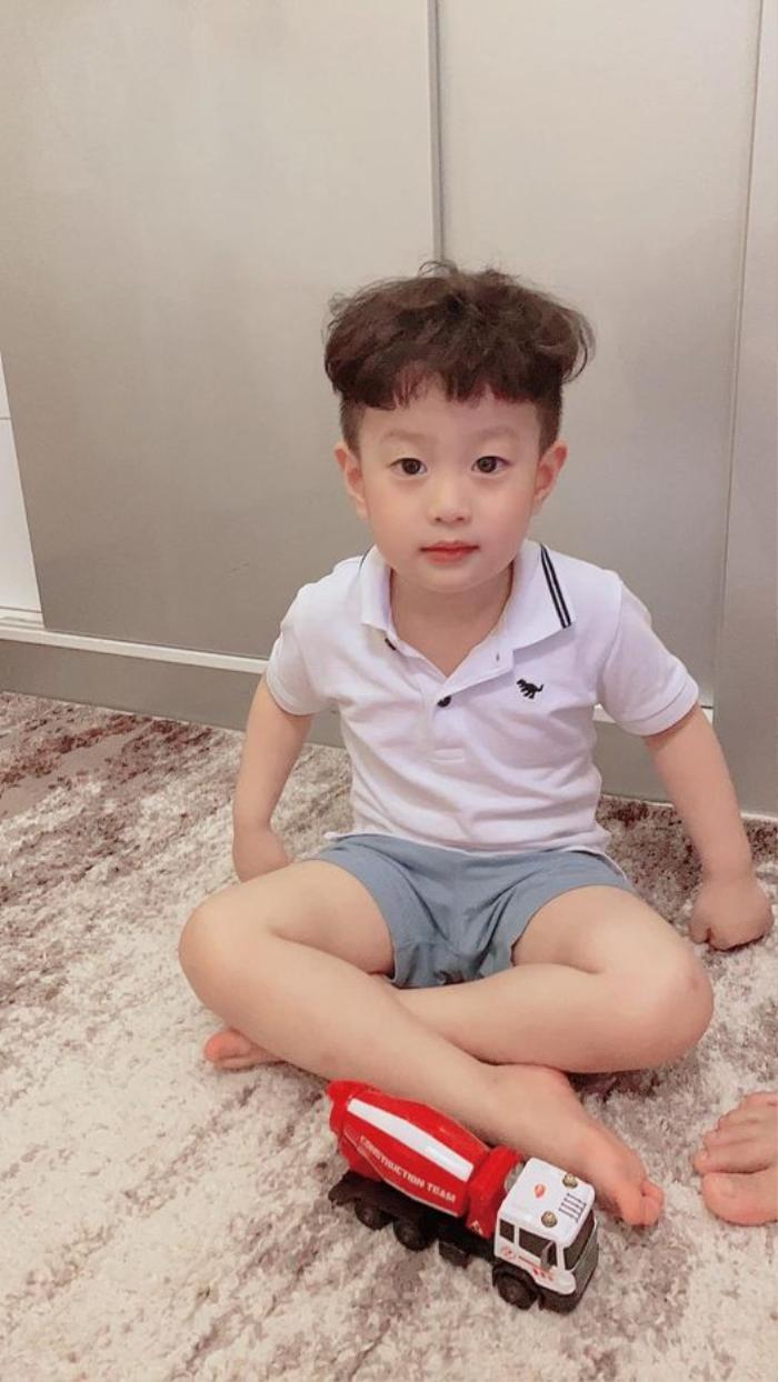 Hương Trần ẩn ý chuyện bị giành quyền nuôi con, dân mạng ngay lập tức réo tên tên Việt Anh Ảnh 3