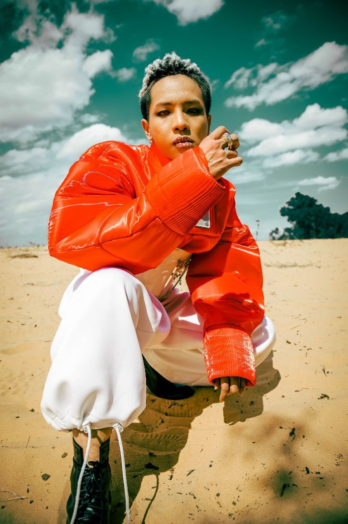 Không thể nhận ra Weeza (King of Rap) trong dự án âm nhạc mới Ảnh 5