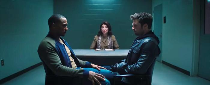 Loạt khoảnh khắc chứng minh 'The Falcon and the Winter Soldier' đích thị là phim đam mỹ trá hình Ảnh 4