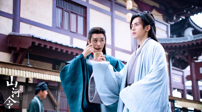 Fan cặp đôi 'Thượng ẩn' ganh tị Trương Triết Hạn và Cung Tuấn thoải mái tương tác trên sân khấu