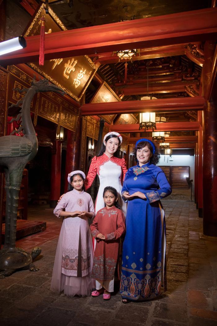 Hoa hậu Ngọc Hân diện áo dài quảng bá nét đẹp văn hoá Ảnh 3