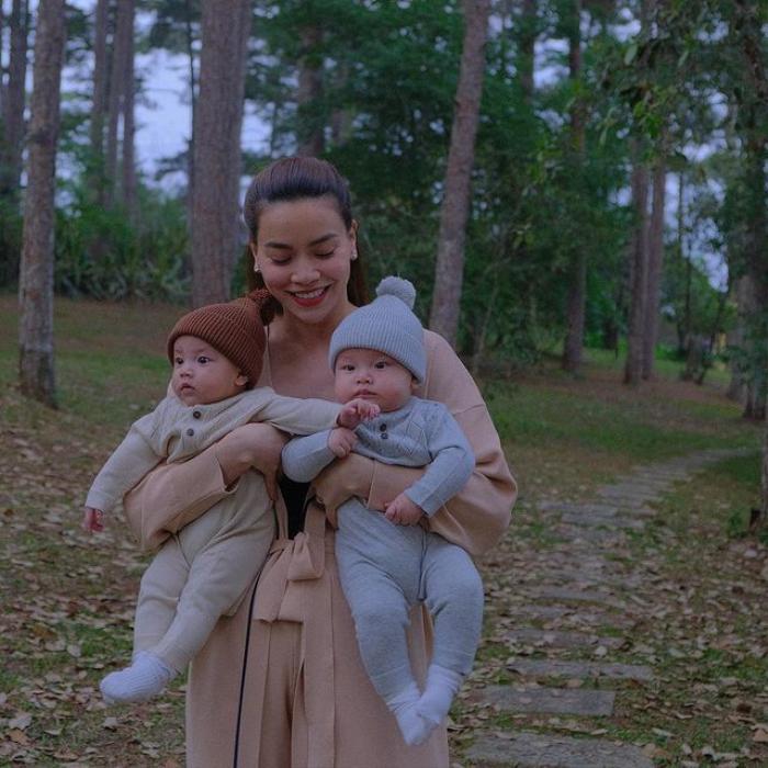 Lisa năm tay Leon cực đáng yêu đi du lịch Đà Lạt, mẹ Hà Hồ cho diện đồ đôi cưng xỉu Ảnh 3
